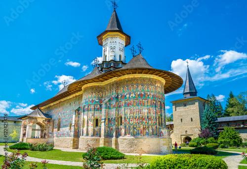 Fotografia Sucevita orthodox painted church monastery protected by unesco heritage, Suceava