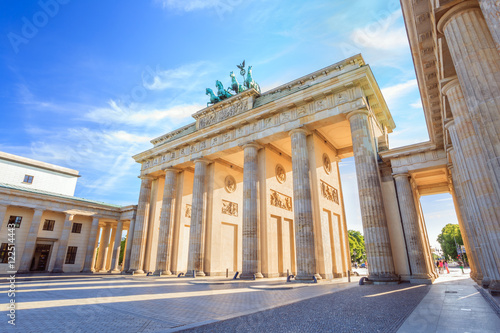 Photo sur Toile Europe Centrale Brandenburg gate of Berlin, Germany