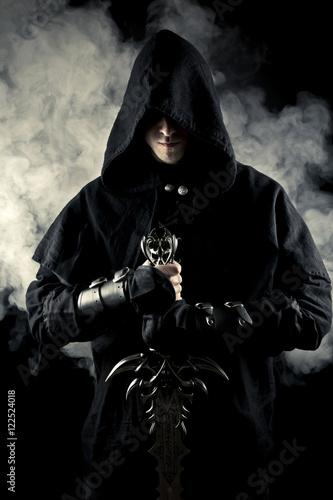 Foto  Krieger im abstrakten Rauch