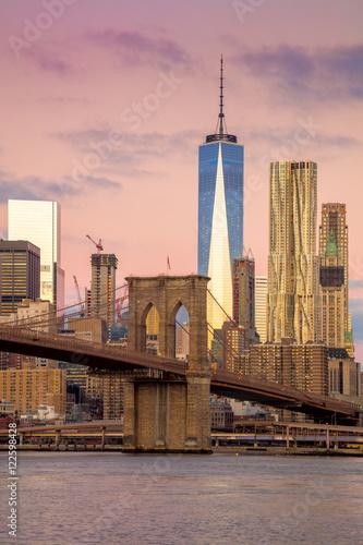 Fond de hotte en verre imprimé New York City Morning colors of famous New York Landmarks, NYC, USA