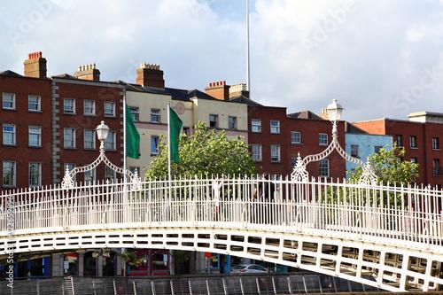 Photo  Halfpenny Bridge, Dublin