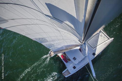 Foto op Plexiglas Kat Kat, segelnd; Luftaufnahme