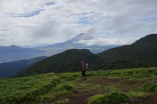 箱根駒ヶ岳からの景色 風景 富士山 成人男性 アジア人