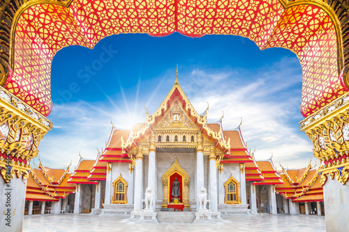 Photo Stands Temple Marble Temple, Wat Benchamabophit Dusitvanaram in Bangkok, Thailand
