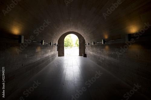 Foto op Canvas Tunnel Blick durch einen Tunnel