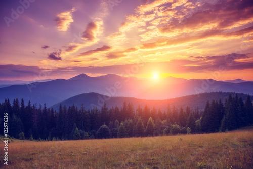Foto op Canvas Bergen Majestic summer landscape