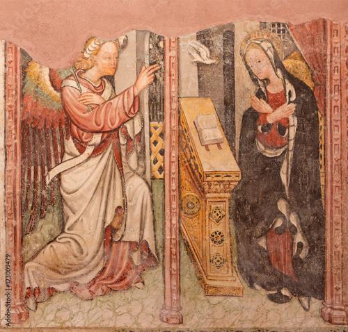 Valokuva  BRESCIA, ITALY - MAY 22, 2016: The fresco of Annunciation in church Chiesa di Santa Maria del Carmine by Brescian school of 15