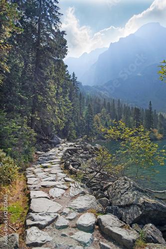 wysokie-tatry-trasa-turystyczna-jeziora-morskie-oko