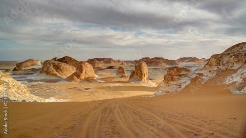 Poster de jardin Desert de sable Panorama of El-Agabat valley in White desert, Sahara, Egypt