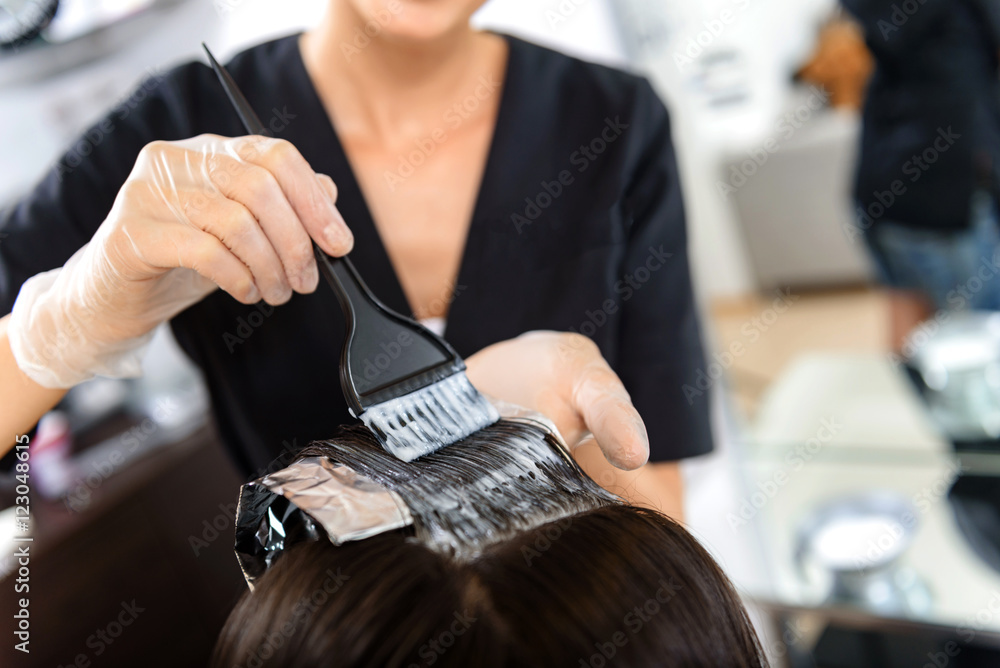 Fototapety, obrazy: close up of woman head in beauty salon