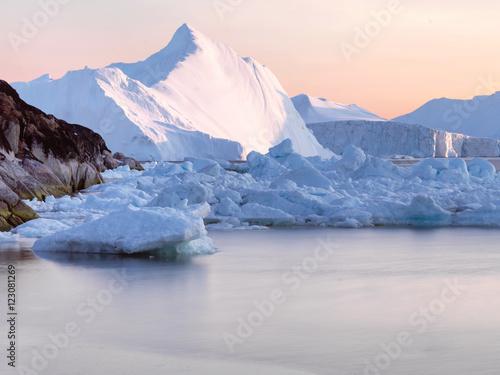 Foto op Plexiglas Arctica glaciers are at Greenland icefjord