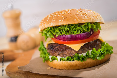 Fototapety, obrazy: big burger with beef
