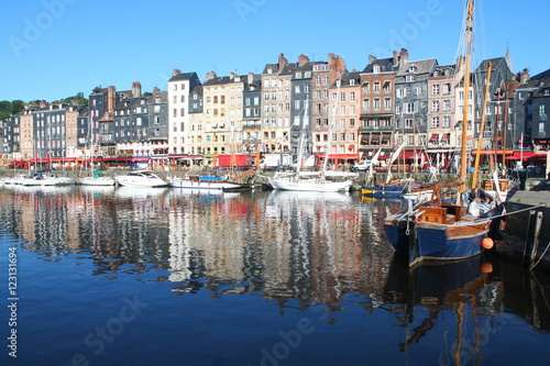 Foto auf AluDibond Stadt am Wasser Old harbour of Honfleur, the French Norman town