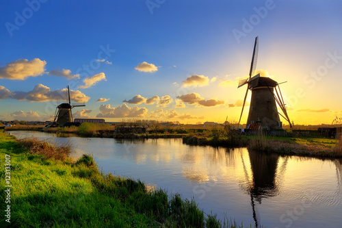 Tuinposter Molens Windmühlen bei Kinderdijk