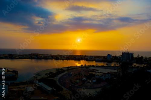 Papiers peints Orange Luanda