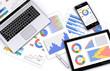 スマートフォン・タブレット・ノートパソコンとビジネス資料