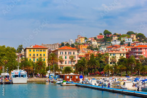 Photographie  View of the city and the harbor of La Spezia and Gulf of Poets, Italian Riviera, Liguria, Italy