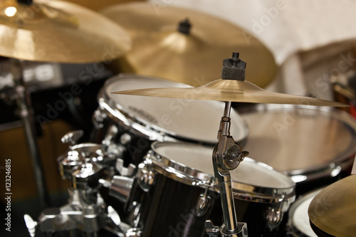 Plakat Szczegółowo zestaw perkusyjny zbliżenie