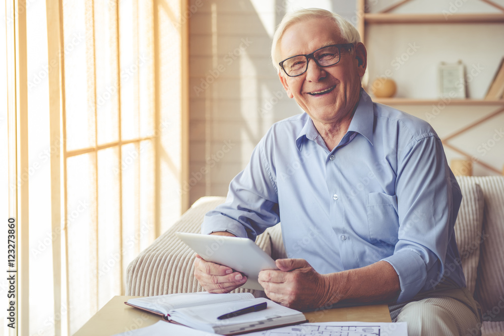 Fototapety, obrazy: Handsome old man at home