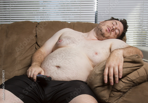 Fotografia, Obraz  lazy fat guy watching TV