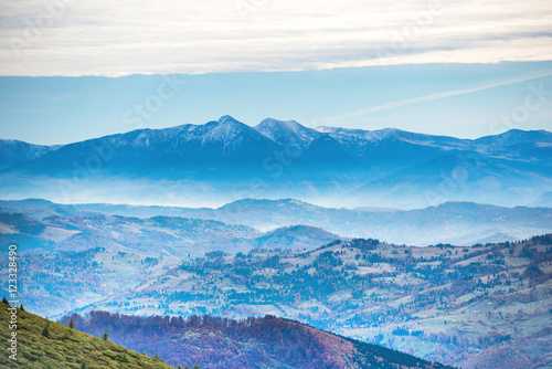 Poster Bleu Blue mountains at sunset