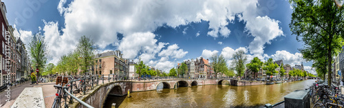 Foto  Keizersgracht canal in Amsterdam, Netherlands.