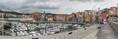 Foto auf Gartenposter Stadt am Wasser Stadthafen Bermeo Bizkaia Baskenland Spanien