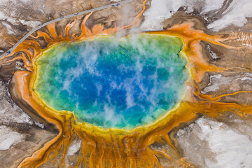 Fototapeta Kamienie The Grand Prismatic Spring in the Midway Geyser Basin - Yellowstone National Park