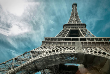 Panel Szklany The Eiffel tower is one of the most recognizable landmarks in th