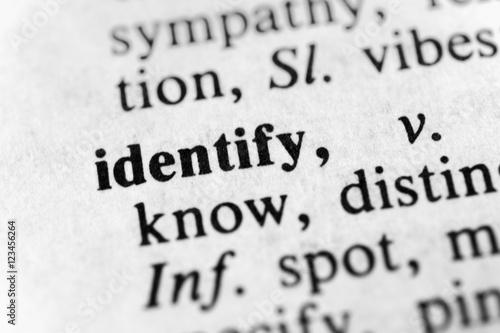 Fotografía  Identify