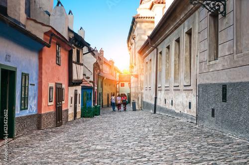 Fototapeta Praga zlota-uliczka-w-pradze