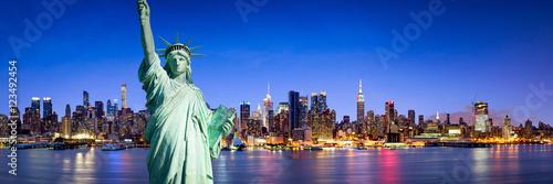 Panorama Nowego Jorku w nocy