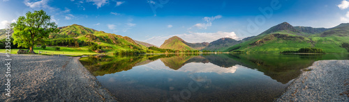 Fotobehang Meer / Vijver Stunning lake panorama in District Lake at dusk, England