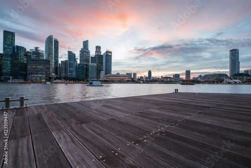 Photo  Singapore City Skyline at Sunset