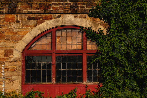 Fotografia, Obraz  Lawrence Mill Window