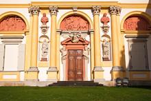 Wilanow Palace Entrance