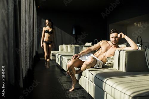 Foto op Plexiglas Artist KB Couple in the room