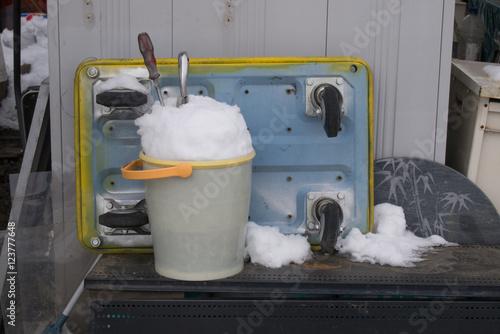 Fotografie, Obraz  バケツに雪