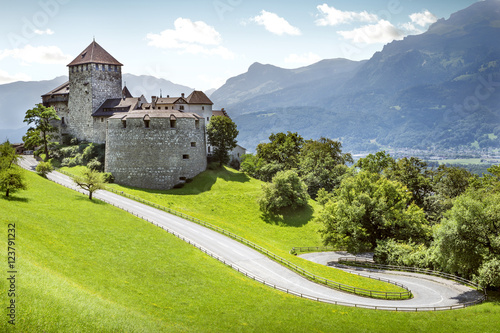 Foto op Canvas Kasteel Medieval castle in Vaduz, Liechtenstein