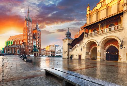 Obrazy na płótnie Canvas Krakow Market Square, Poland