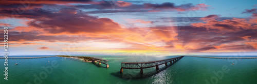 Photo Aerial view of Bahia Honda State Park with old Bridge
