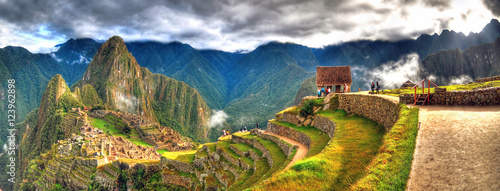 Panoramic HDR image of Machu Picchu, the lost city of the Incas on a cloudy day Canvas-taulu