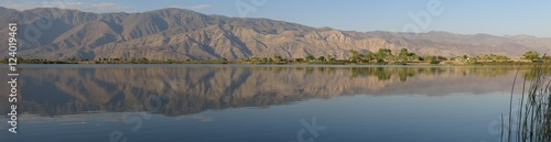 Cadres-photo bureau Desert de sable view from diaz lake near lone pine, california