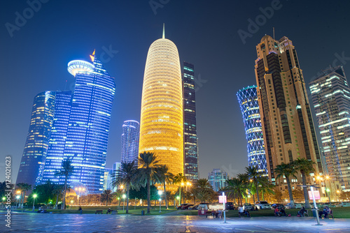 Photo  Qatar Skyline at Night