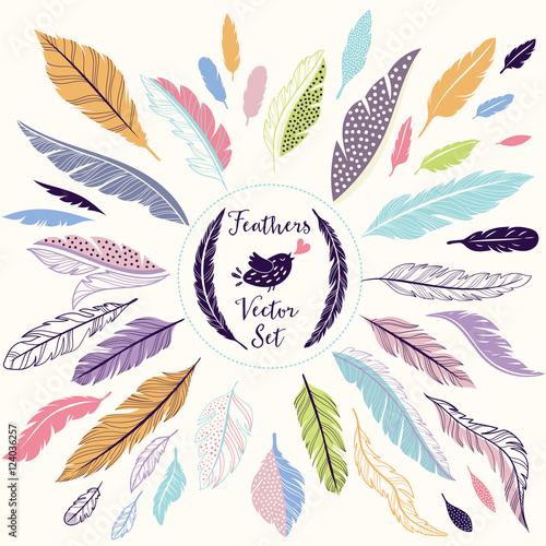 Aufkleber - Set of vector feathers for your design