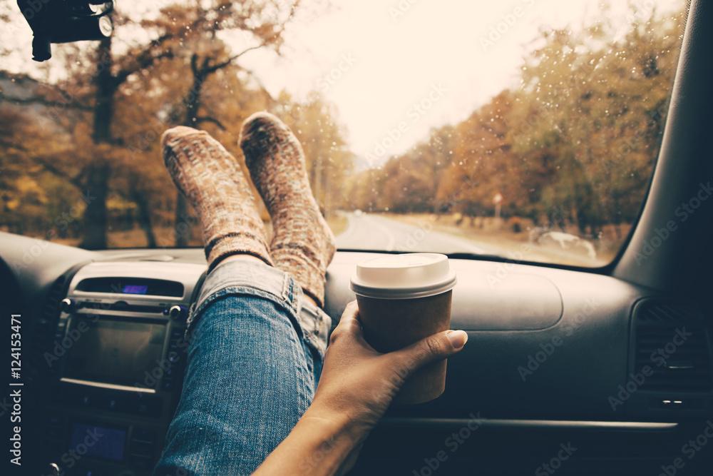 Fototapety, obrazy: Autumnal travel concept