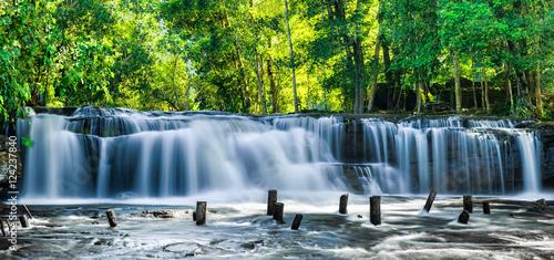 Foto op Plexiglas Panoramafoto s Tropical rainforest landscape with flowing blue water of Kulen waterfall in Cambodia