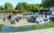 Beliebter Fountain- Garten an der Rheinpromenade in Köln