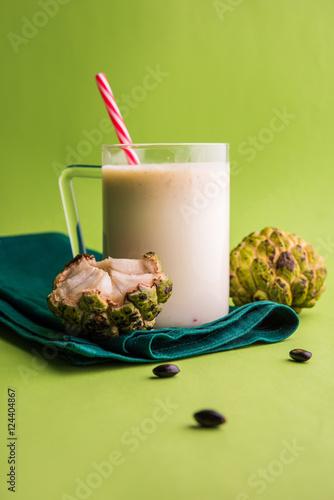 Foto op Aluminium Milkshake custard apple milk shake. Custard apple or sitafal pulp blended with milk. sitafal milkshake