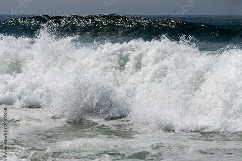 Stickers pour portes Eau Atlantic wave at Portugal coast.